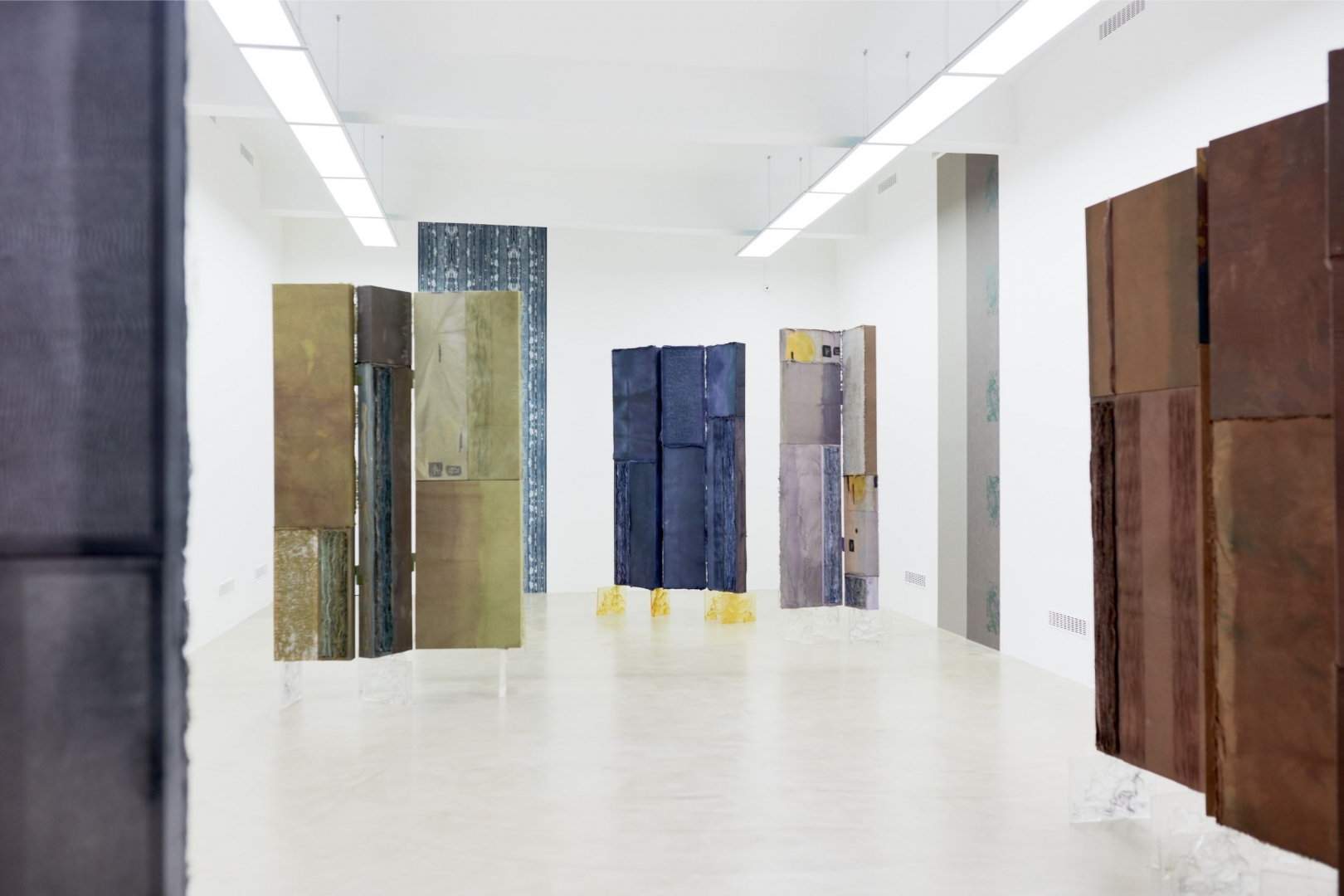 3. Diagnosis of the Curved Spine, installation,  Horizont Gallery, Budapest, Hungary, 2019